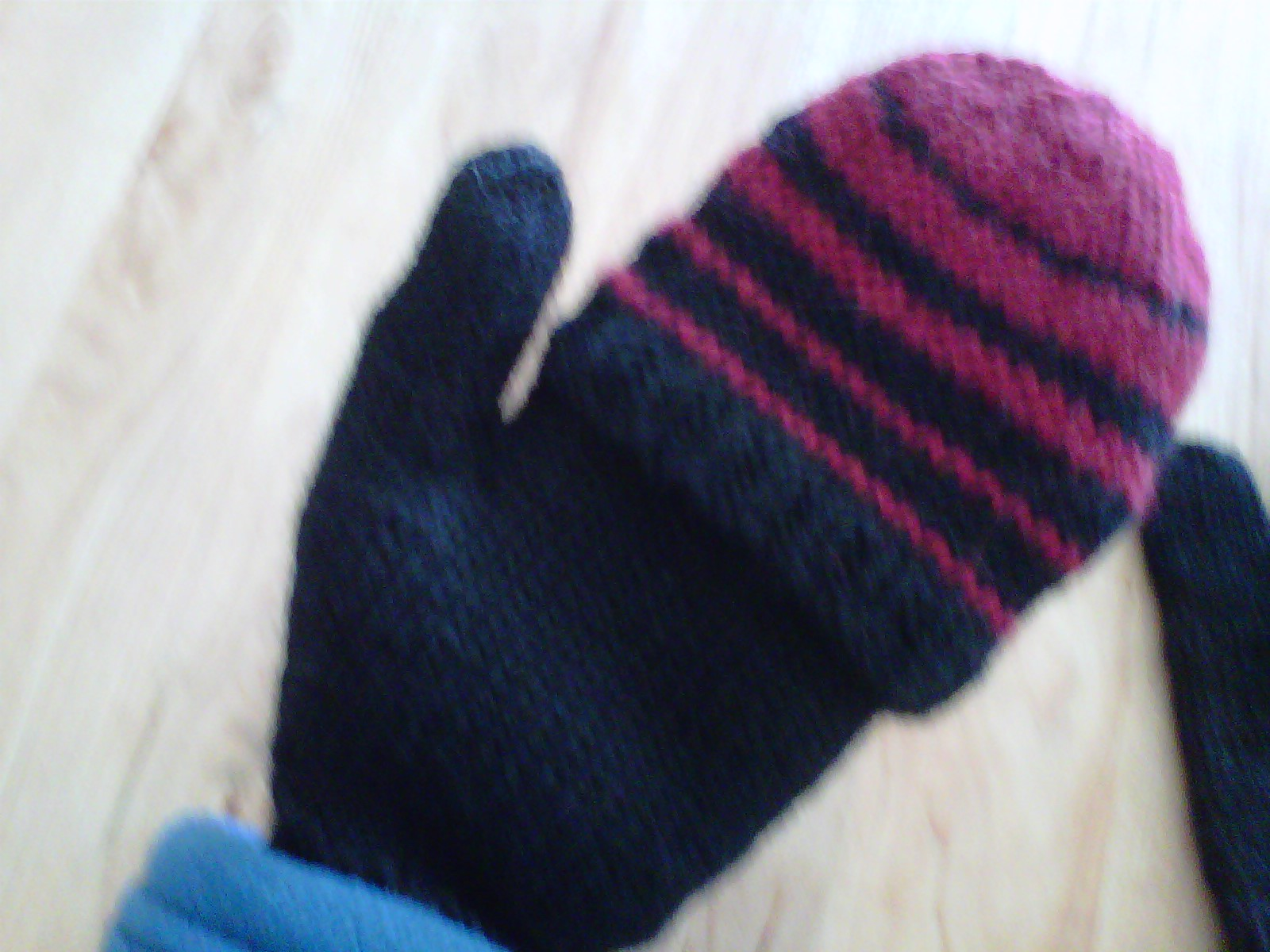 Knitting Pattern For Flip Top Mittens : March 2013 Dragon Lady Knits